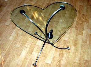 Unikate Möbel aus Metall und Edelstahl